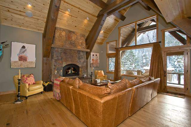 Alpine Meadows Cozy Interior