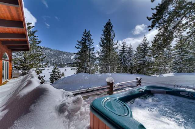 Squaw Valley Snowy Hot Tub