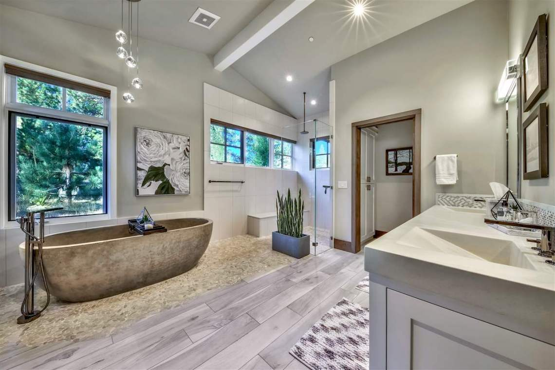 Lahontan Master Bathroom