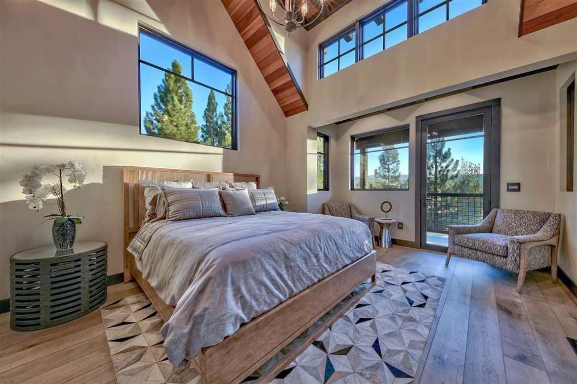 Lahontan Bedroom